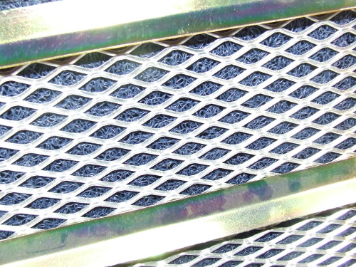 "Expanded Mesh - Aluminum - 10"" x 24"""