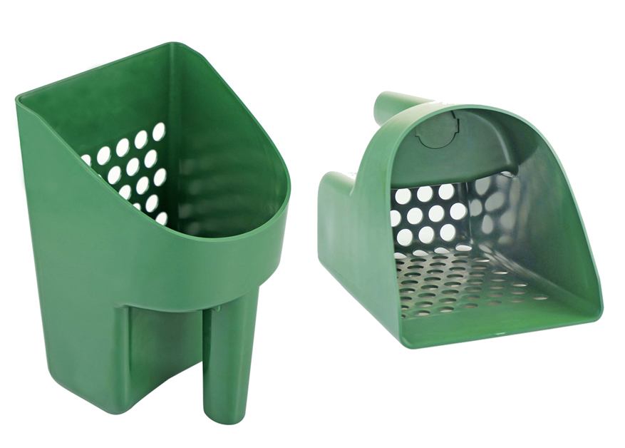 Plastic Sand Scoop - Green